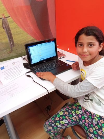 """Проект """"Равен достъп до училищно образование в условията на кризи"""" 10"""