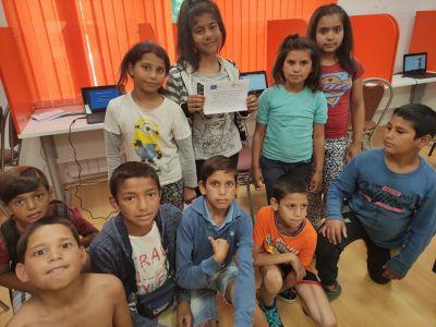 """Проект """"Равен достъп до училищно образование в условията на кризи"""" 3"""